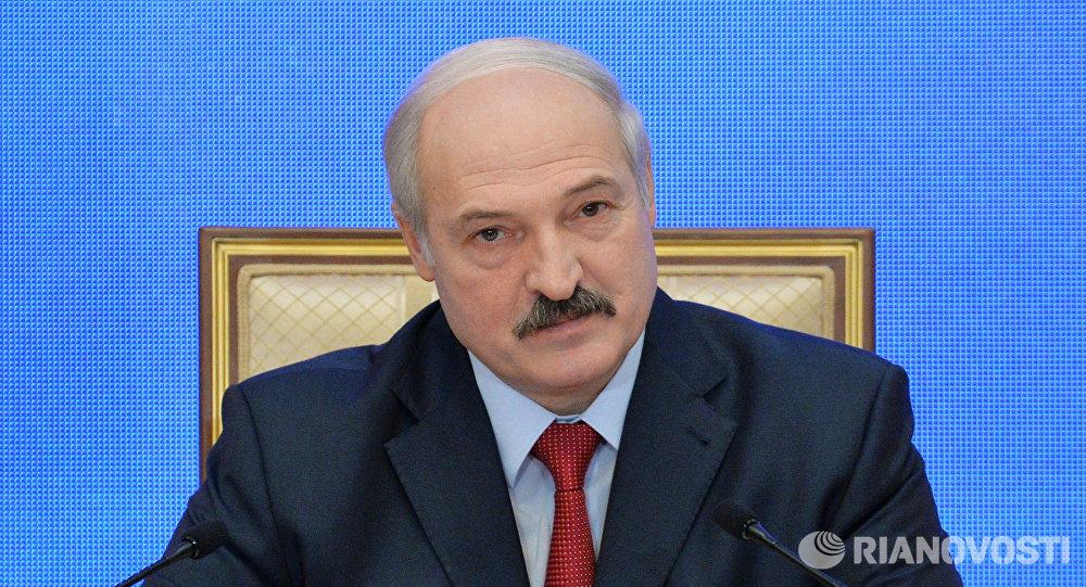 Лукашенко рамбылдта Белоруссийы президентон ӕвзӕрстыты