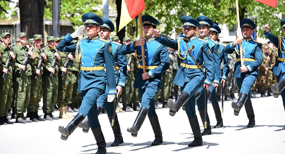 В Цхинвале прошла репетиция военного парада