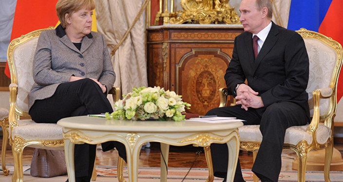 Путин и Меркель проведут переговоры в Москве.