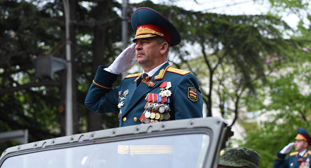 В Цхинвале прошел военный парад в честь 70-летия Великой Победы