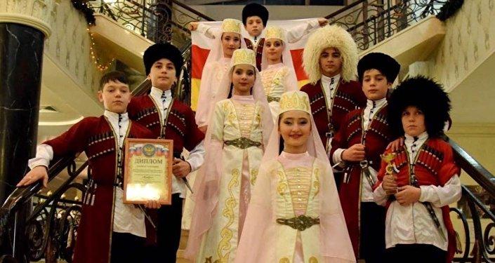 Детский ансамбль Кафт на фестивале в Москве
