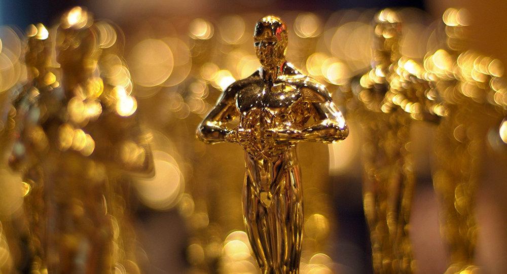Гильермо дель Торо получил «Оскар» как лучший кинорежиссер зафильм «Форма воды»