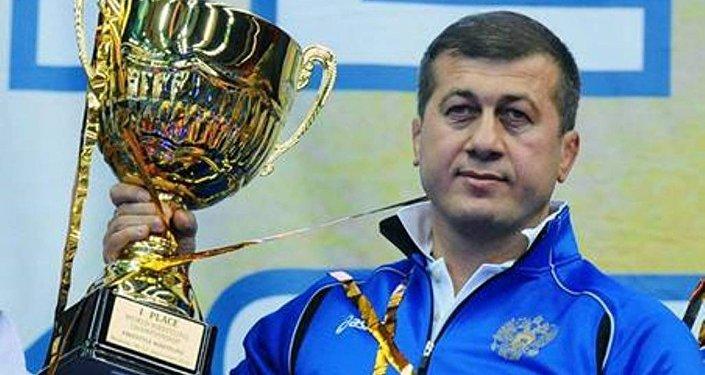 И.о. главного тренера сборной РФ по вольной борьбе Д.Тедеев