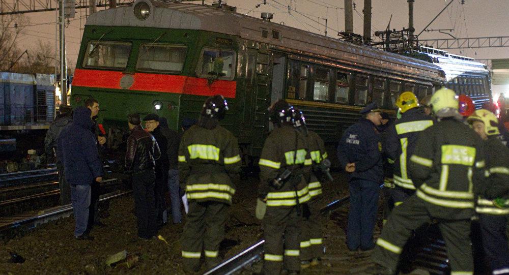 МЧС эвакуировало пассажиров электропоезда