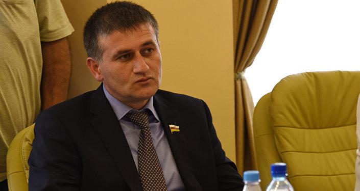 Игорь Кочиев