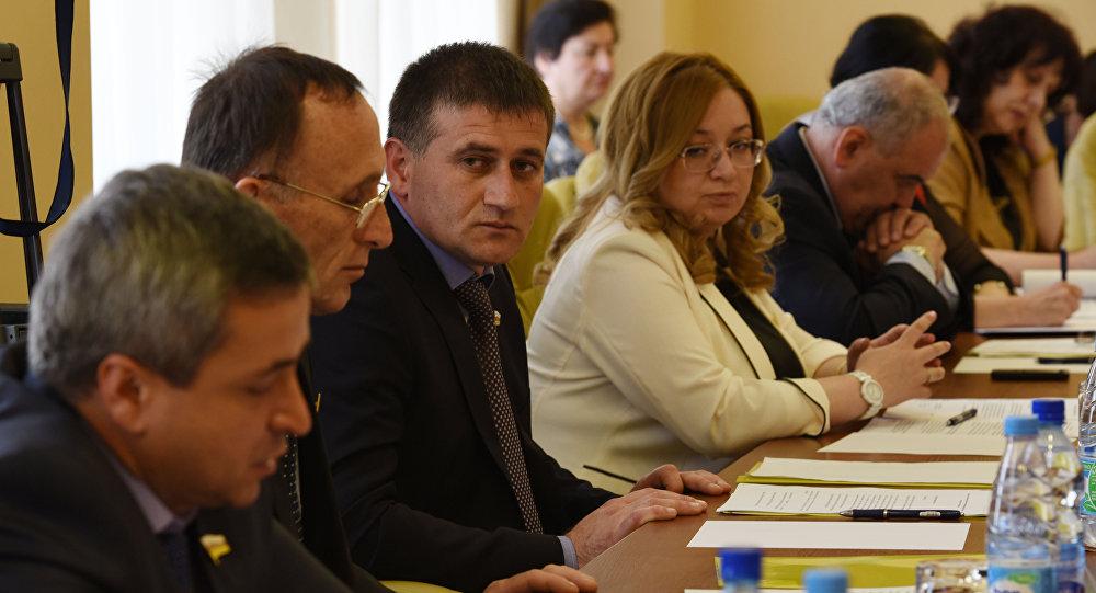 Игорь Кочиев глава комитета по внешней политике