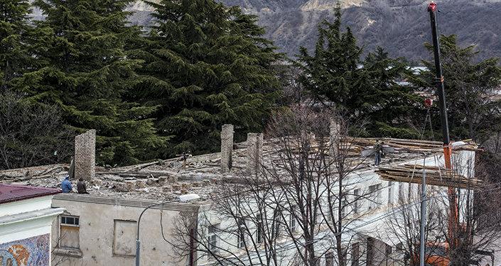 Снос старого здания госуниверситета