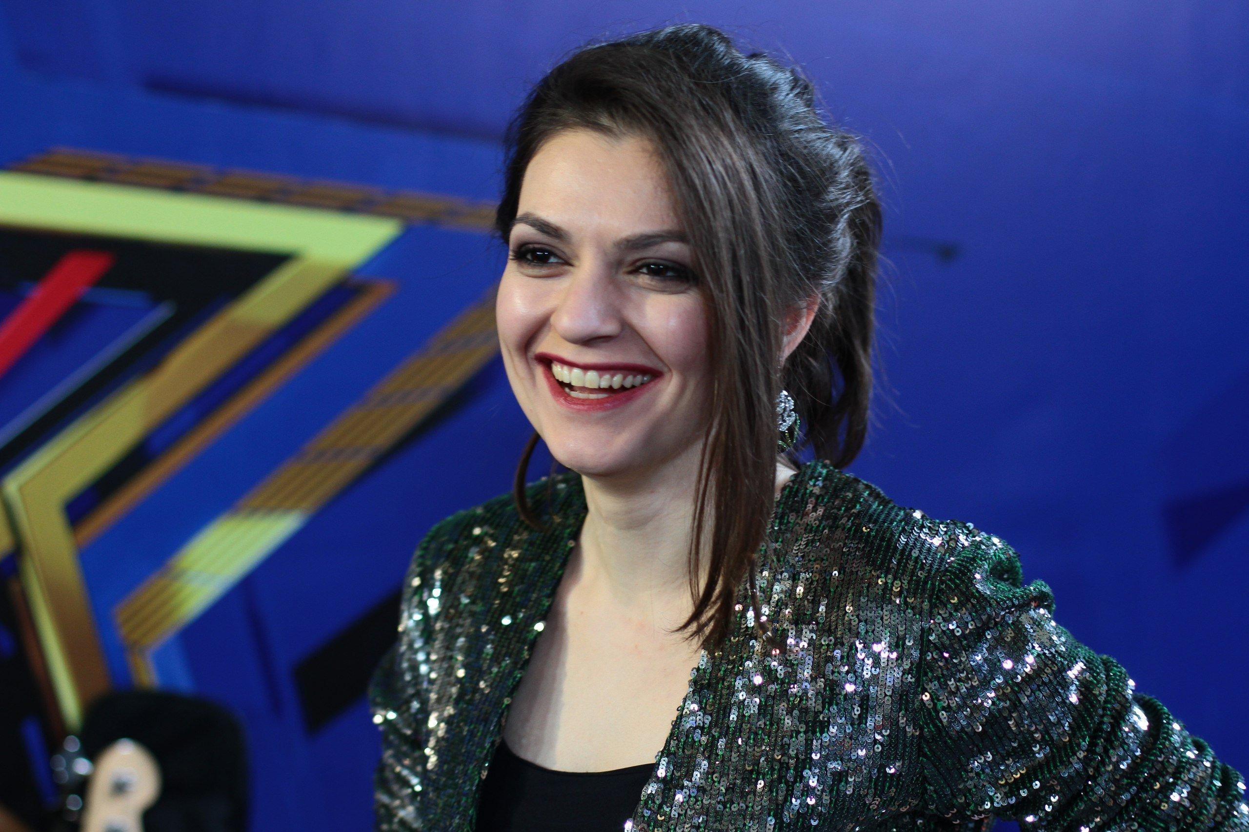 Участница проекта Новая звезда Фати Бесолти.