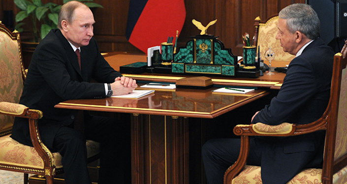 Рабочая встреча президента РФ В. Путина с председателем правительства Северной Осетии – Алании В. Битаровым