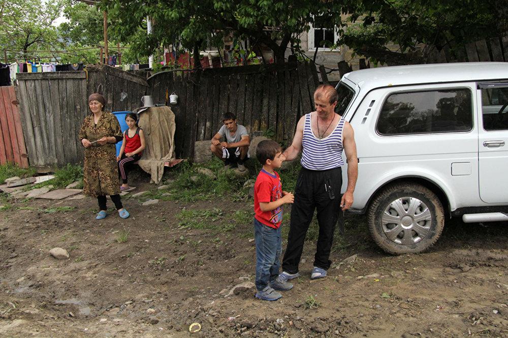 Многодетная семья из села Хъорнис