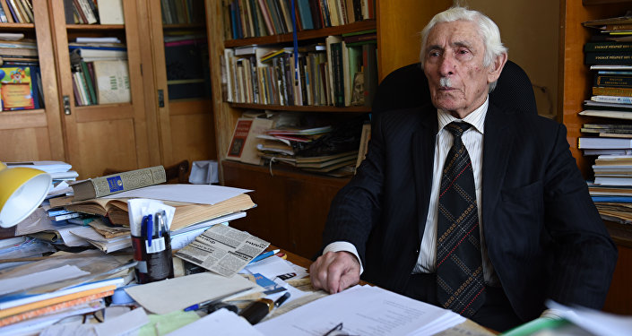 Поэт-академик Нафи Джусойты