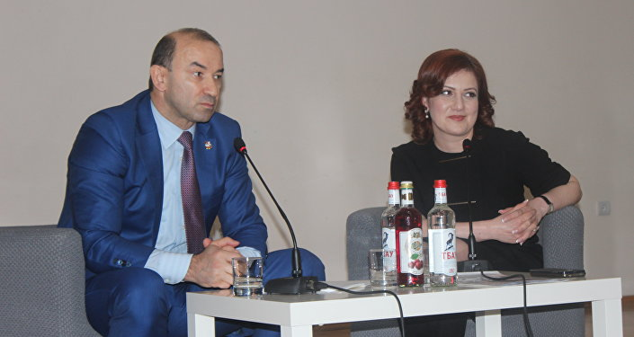 Вадим Ванеев во время встречи с журналистами во Владикавказе.