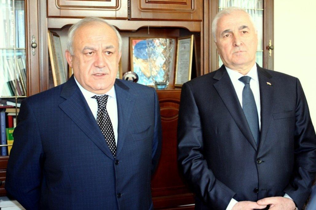 Леонид Тибилов и Таймураз Мамсуров на всеосетинском съезде