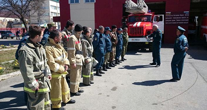 Занятия пожарных МЧС РЮО