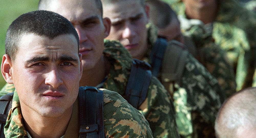 Солдаты специальных подразделений РФ в зоне проведения тактико - специального учения антитеррористических подразделений МВД РФ и стран СНГ