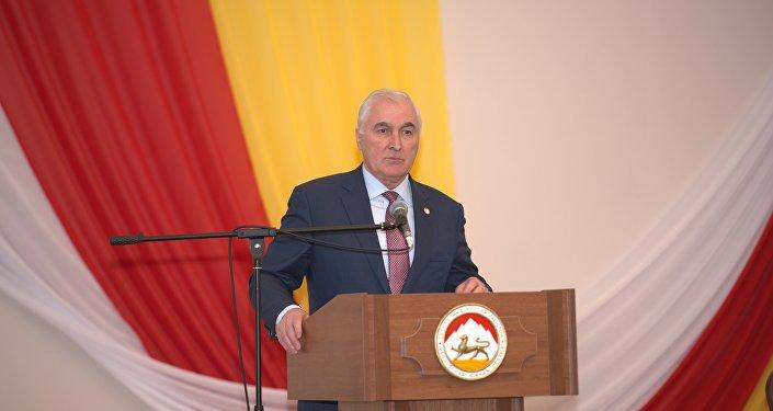 Выступление Леонида Тибилова на собрании в честь 25-летия парламента РЮО
