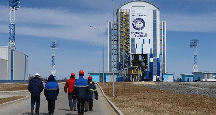 Первый запуск ракеты с нового российского космодрома Восточный перенесен