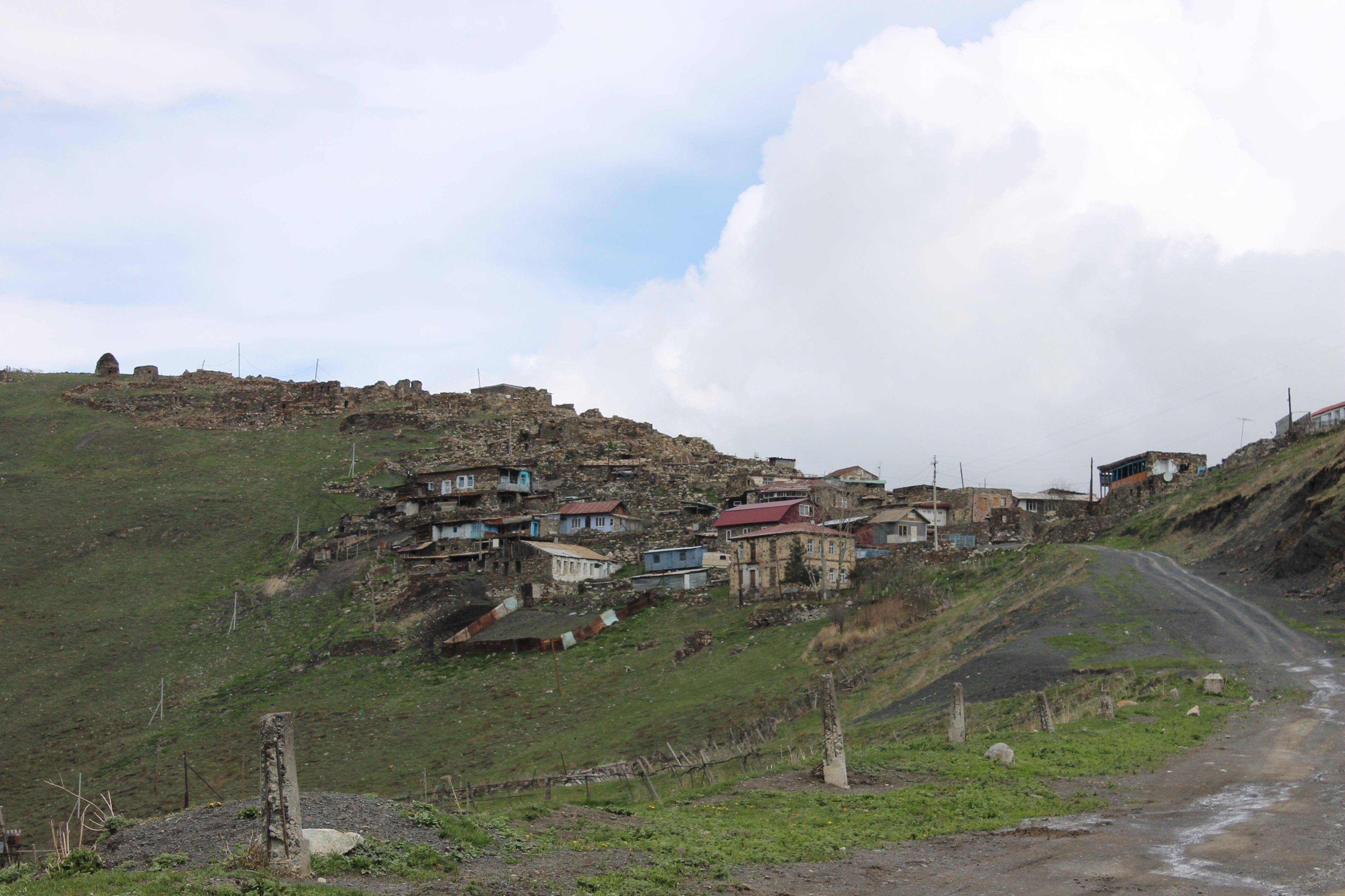 Высокогорное село Камунта