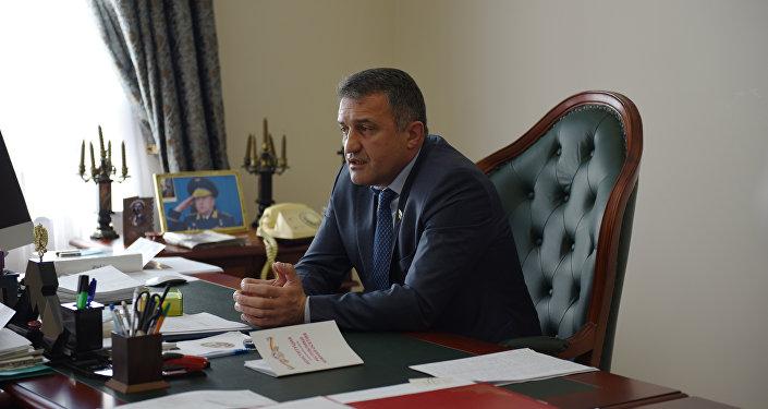Спикер парламента Анатолий Бибилов