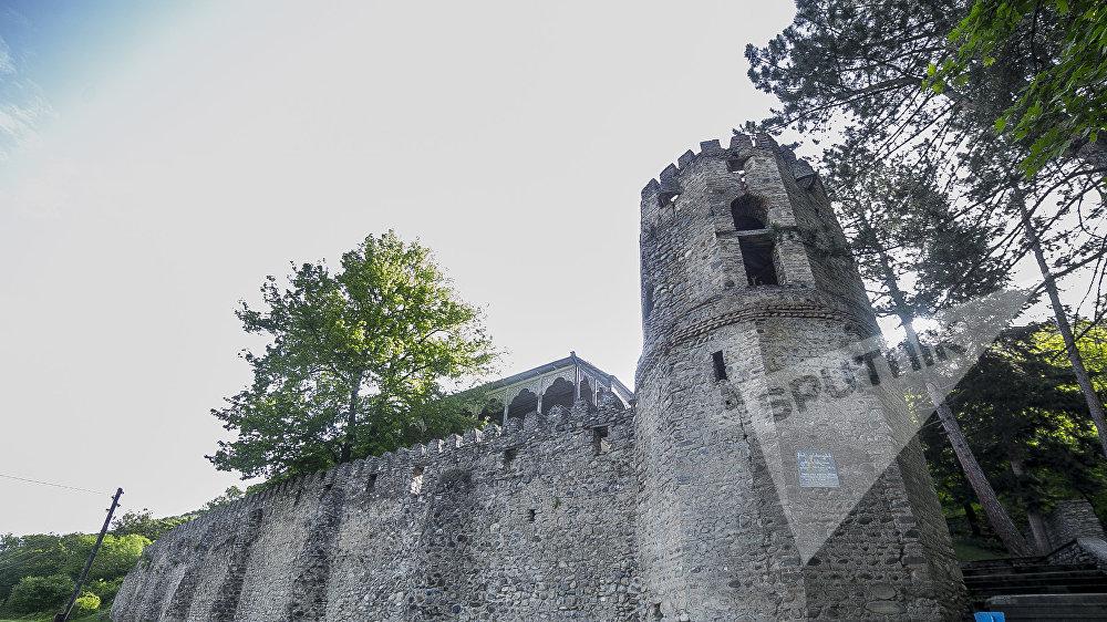 Один из эпизодов съемки проходил в замке эриставов