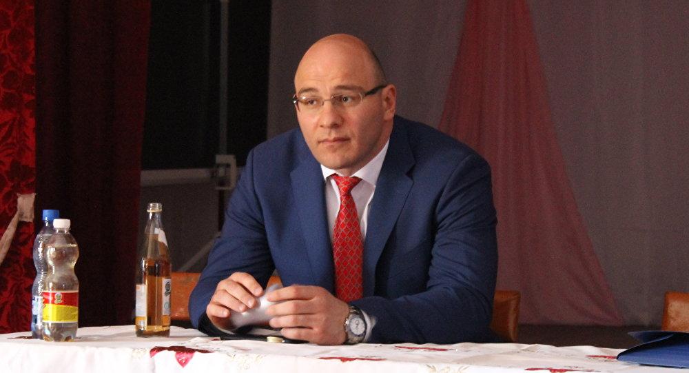 Артур Таймазов на встрече с избирателями
