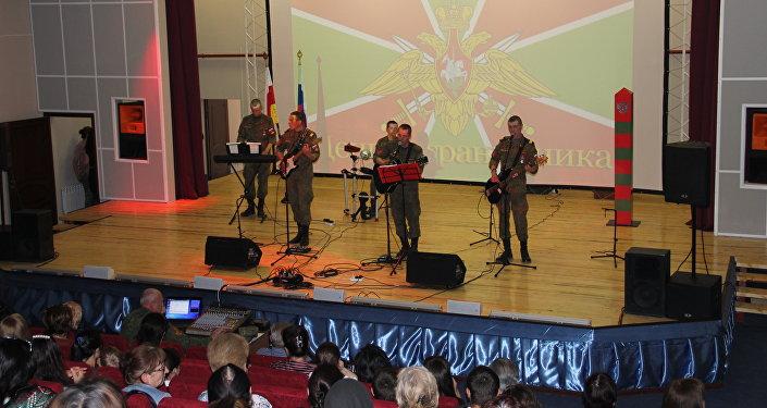 День пограничника в Ленингоре