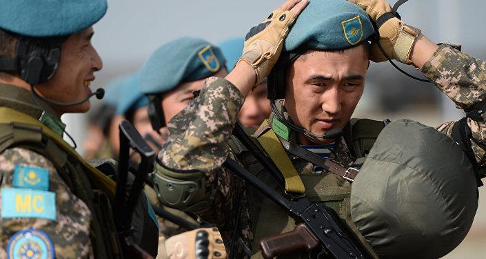 Военнослужащие подразделения Вооруженных сил Казахстана