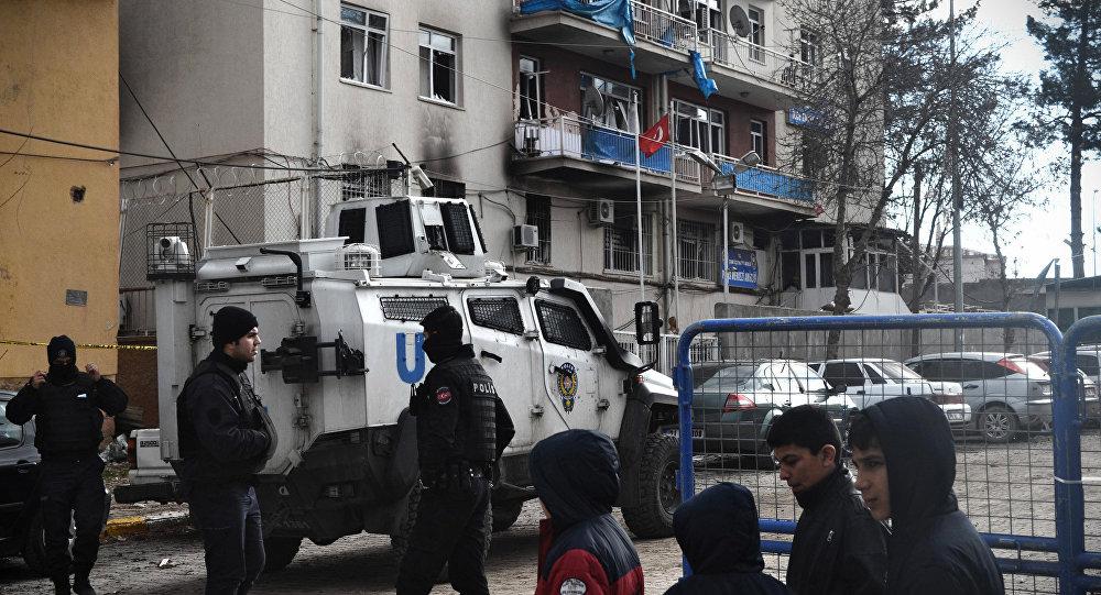 ВСтамбуле наавтобусной остановке произошел взрыв