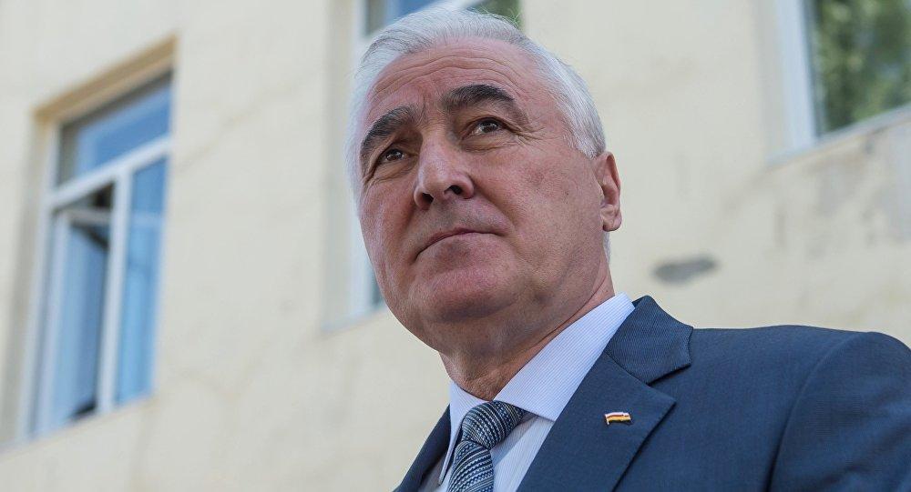 Леонид Харитонович Тибилов