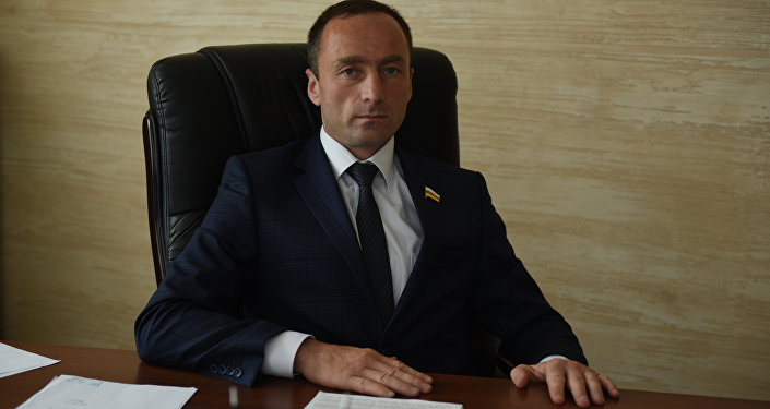 Вице-спикер парламента РЮО Дмитрий Тасоев