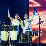 Концерт ко Дню Молодежи собрал около тысячи человек на площади в Цхинвале.