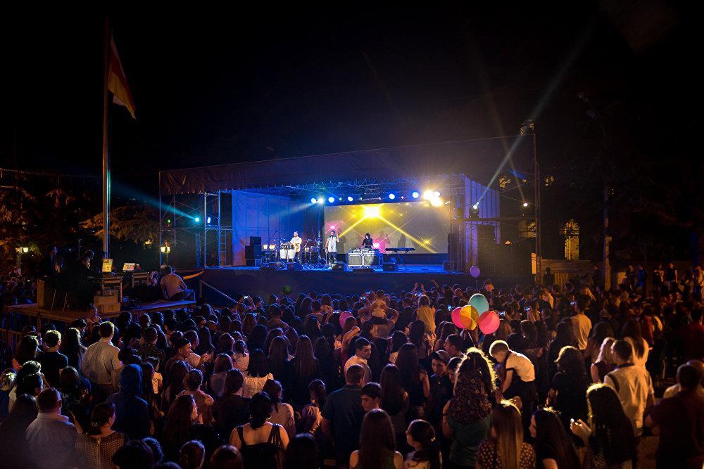 Главным сюрпризом вечера стало выступление румынской группы Morandi.