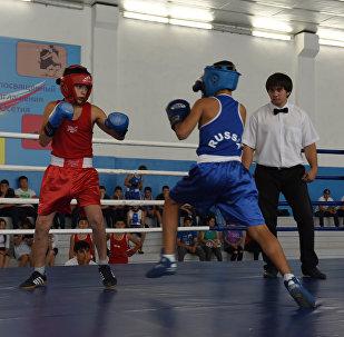 Цхинвалы рабӕрӕг сты боксы ӕхсӕнадӕмон турниры уӕлахиздзаутӕ