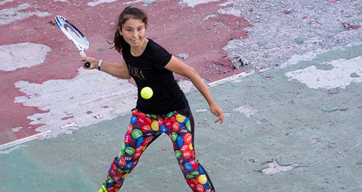 Воспитанница школы тенниса в Цхинвале