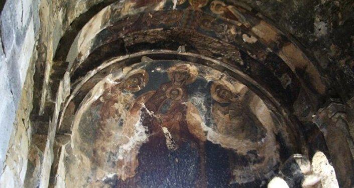 Монастъеры моладзандоны рагон фрескӕтӕ