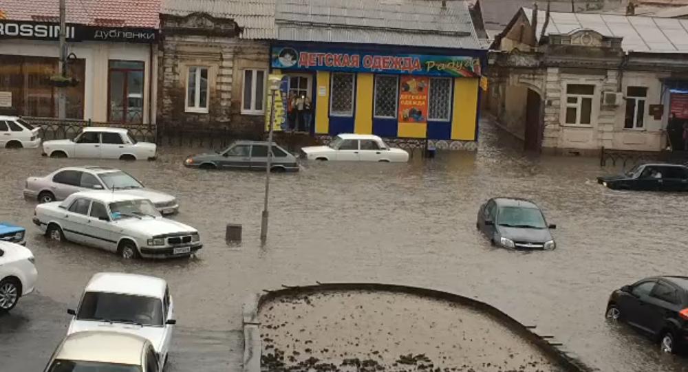 Ливневый дождь во Владикавказе