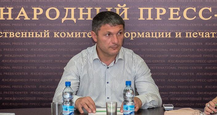 Пресс-конференция главы Комитета по молодежной политике Сергея Зассеева.