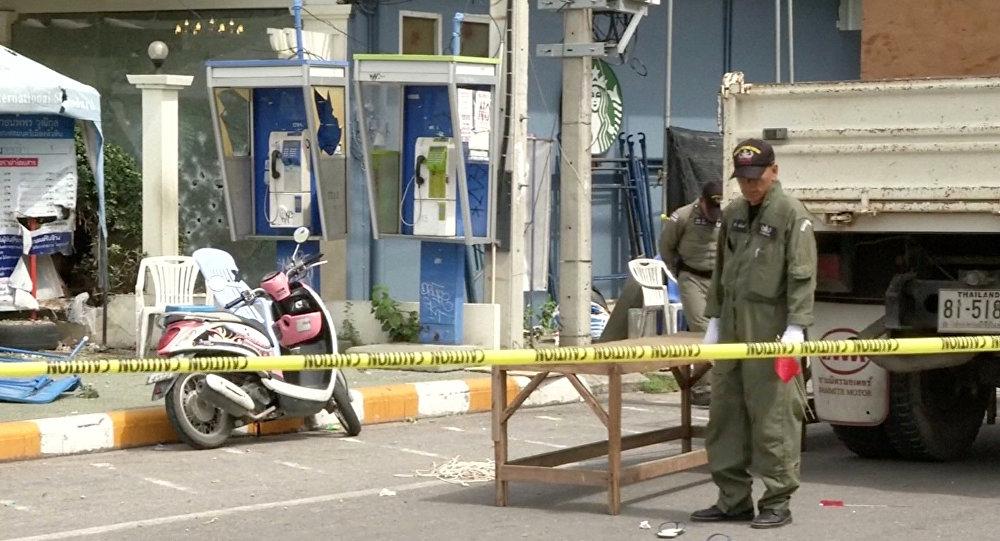 Руководитель милиции Таиланда объявил, что взрывы устроили противники новейшей конституции