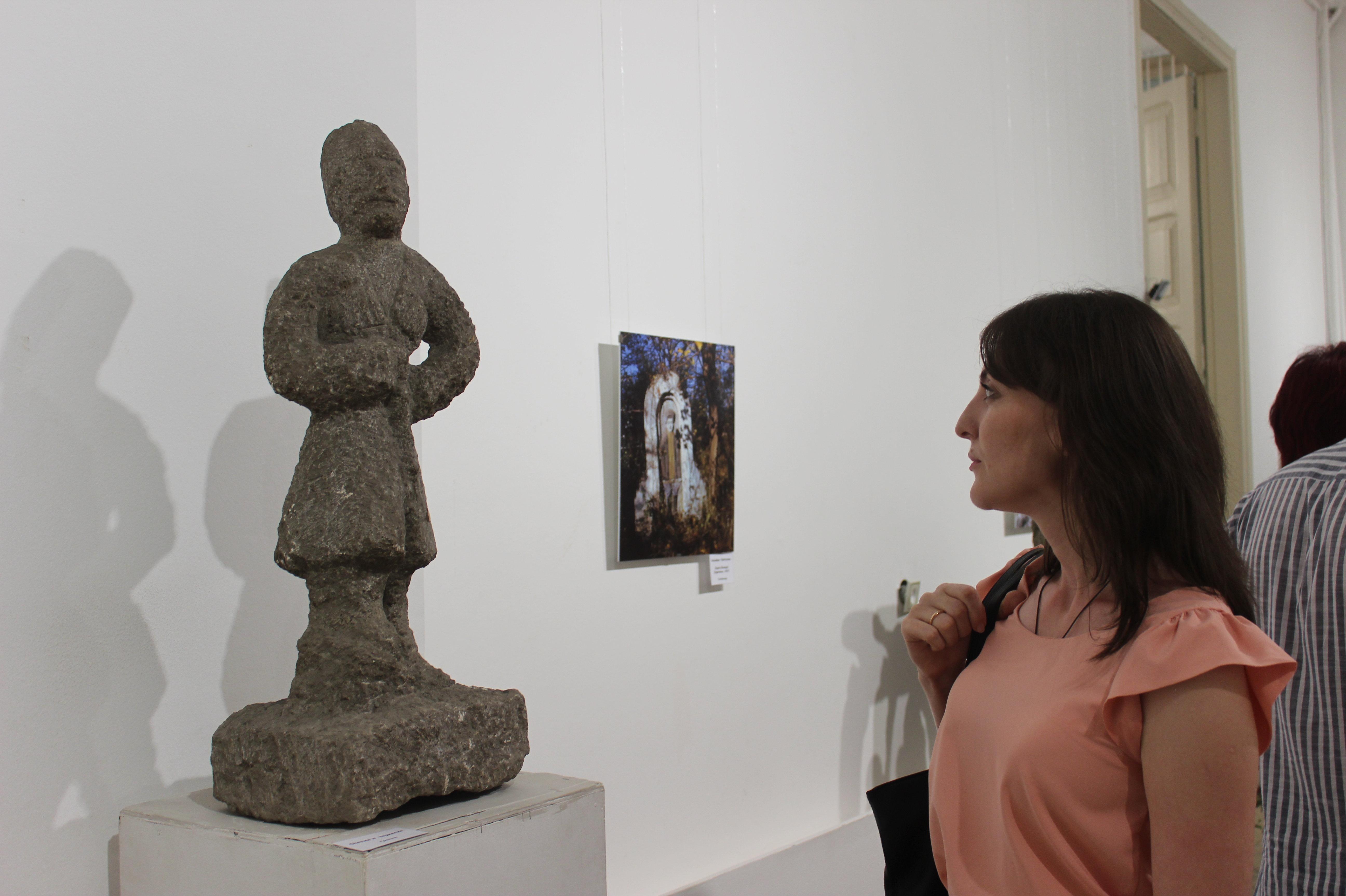 Выставка произведений Сосланбека Едзиева