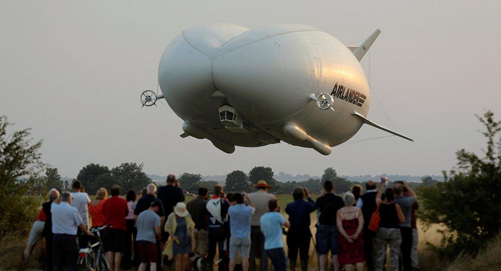 НаБританских островах впервый раз запустили крупнейшее воздушное судно