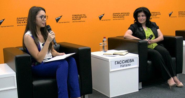Министр образования Натали Гассиева посетила пресс-центр Sputnik
