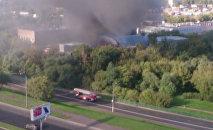 Крупный пожар на складе в Москве. Съемка очевидца