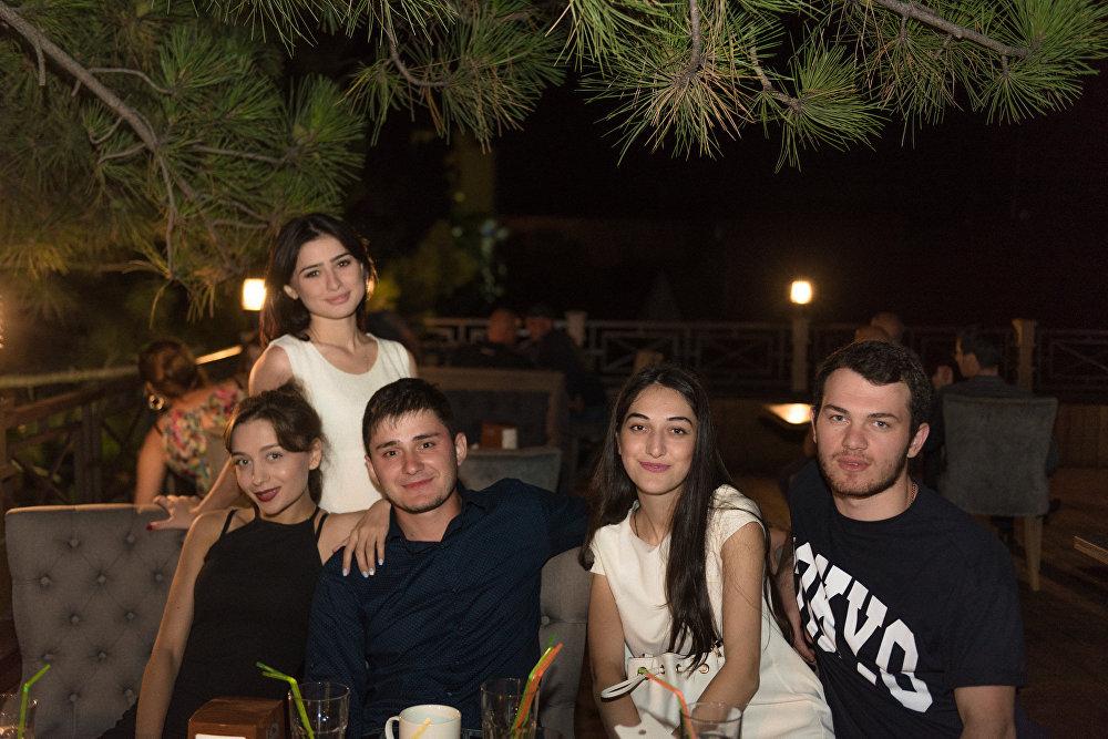 Вечеринка в Винченцо позиционировалась как закрытие летнего сезона, однако цхинвальская молодежь показала, что готова продолжать.