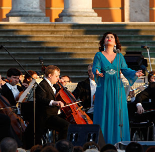 Оперная певица Вероника Джиоева на гала-концерте звезд оперной сцены в Санкт-Петербурге.