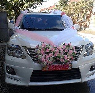 Свадебный автомобиль фирмы Амонд