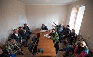 Встреча пограничников с жителями приграничного села Гром