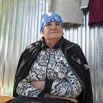 Немало пенсионеров в Южной Осетии занимаются мелкой торговлей. Это и прибавка к пенсии, и возможность порадовать подарками внуков