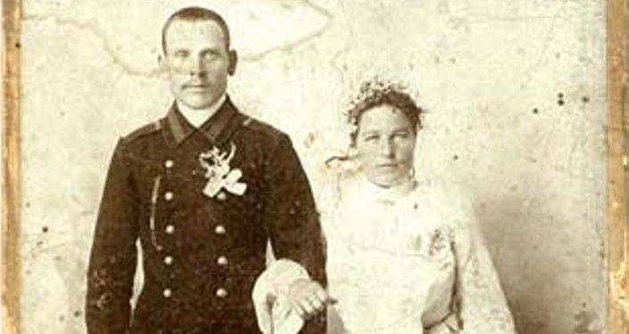 Свадебное фото пограничника ОКПС.