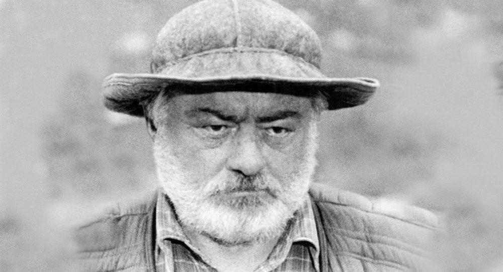 Исак Гогичев