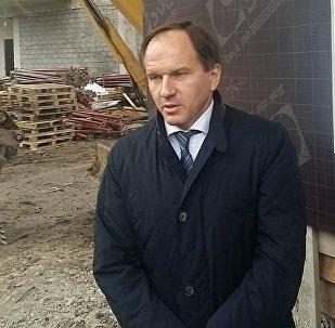 Лев Кузнецов осмотрел строящиеся объекты в Цхинвале